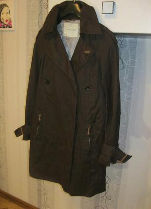 Шоколадный плащ тренчкот весеннее пальто хс-с наш 40-42 для изящной
