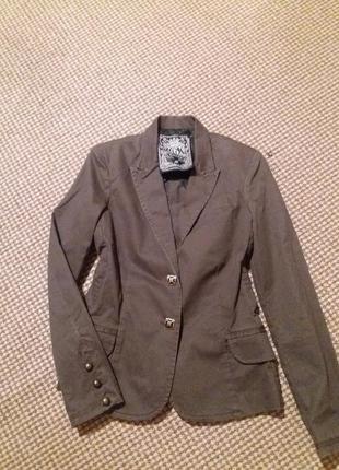 Стильный guess пиджак1