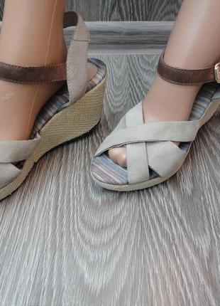 Босоножки на танкетке, кожа 39р, сандали