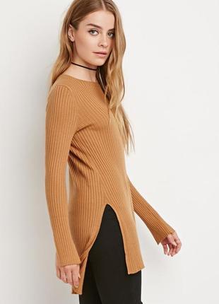 Горчичный удилиненный свитер в рубчик forever 21 длинный свитер с разрезами по бокам