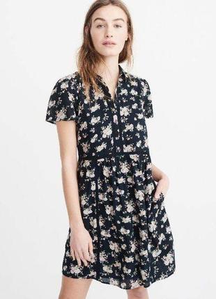 Женское темно-синее мини платье с цветочным принтом abercrombie & fitch