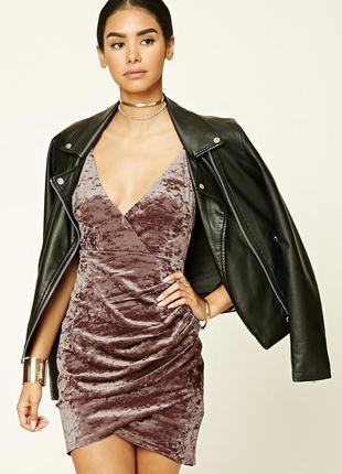 Кофейное бархатное платье на запах forever 21 обтягивающее шоколадное велюровое платье