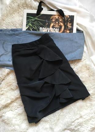 Оригинальная темно-серая/пыльно-черная юбка с воланом и с замочком h&m