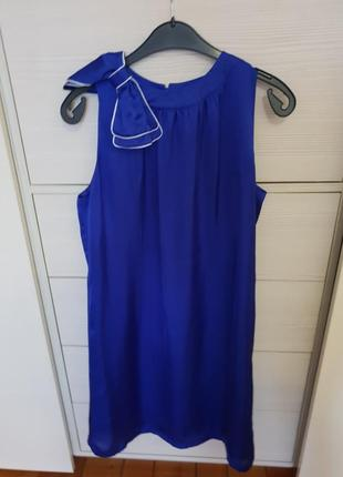 Очень красивое платье 48 р