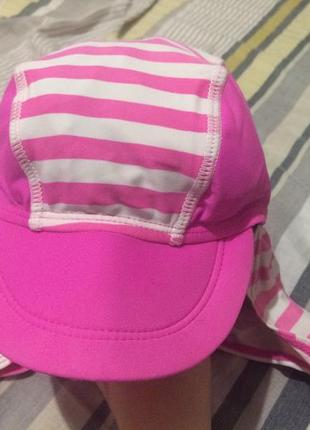 Яркая шапочка панамка на море3 фото
