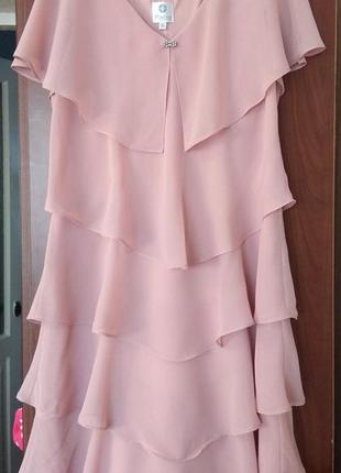 Пудровое красивое платье тм patra р.12