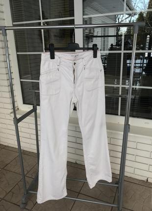 Белые брючки джинсы фирменные стильные брюки