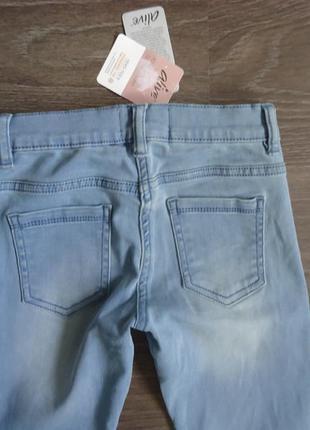 Узкие летние джинсы на девочку alive, р. 134/140 см5