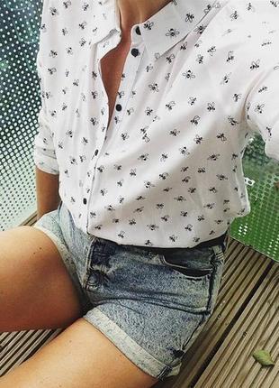 Оригинальная блуза с пчёлками
