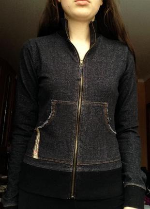 Базовая,черная кофта,блуза,джемпер, на молнии под джинс от diesel,s-m