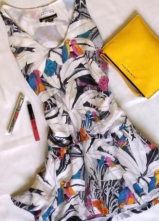 Лёгкое платье с  яркими птичками