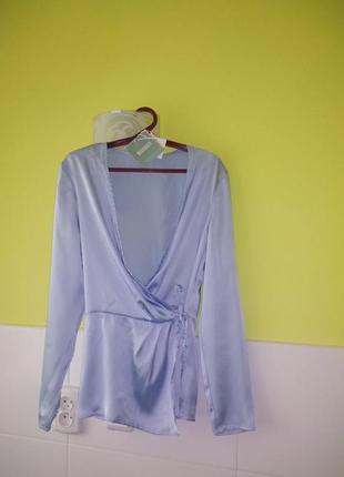 Невероятно красивая сатиновая блуза от missguided3 фото