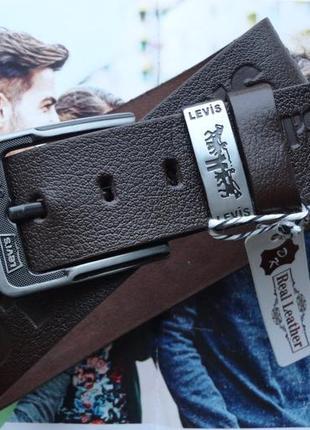 Мужской кожаный ремень под джинсы коричневы