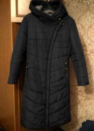 Женское классическое приталенное пальто