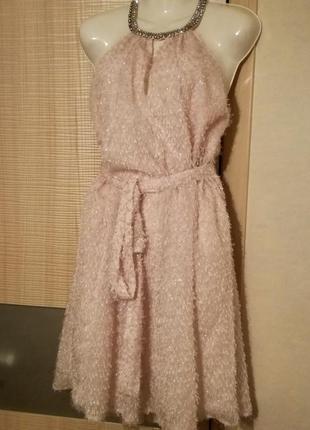 Оригинальное а-силуэта платье-травка праздничное воздушное,пушистое айвори