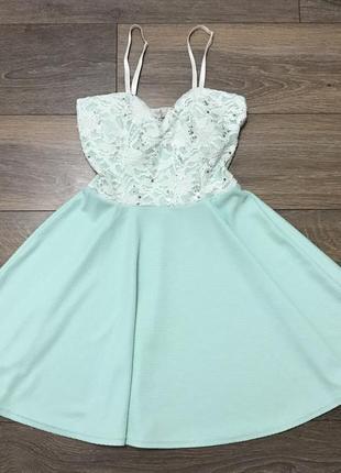 Красивое платье cameo rose