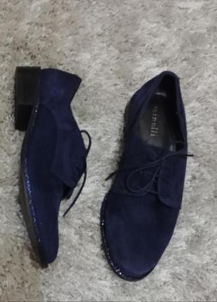 Туфлі eliane від minelli нат.замш р.36. красивий темно-синій колір.