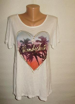 Трикотажная футболка с рисунком сердце и интересной спинкой размера l ellen amber