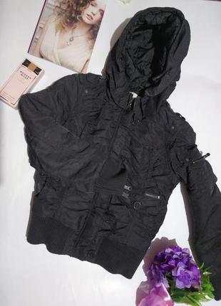 Молодёжная куртка пилот ,тёплая с капюшоном . only на xs-s