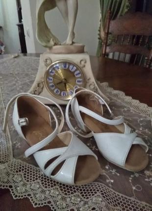 Танцеваььные туфли radial dance shoes