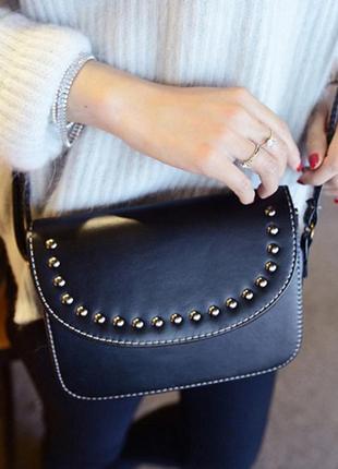 Хорошенькая черная сумочка для мелочей, со скидкой