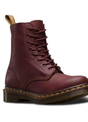 Женские кожаные ботинки dr. martens, размер 37