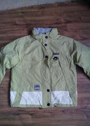 Зимняя курточка colmar
