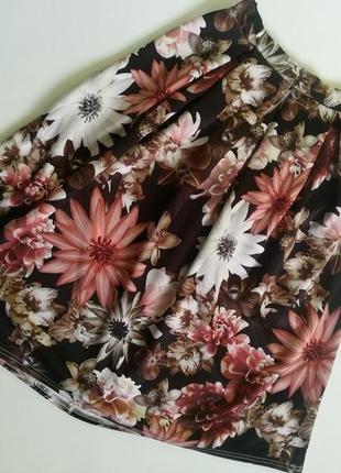 Красивая юбка-фонарик в крупный цветочный принт