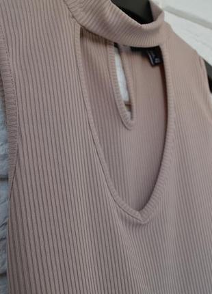 Топ,  блуза,  майка,  футболка с чокером