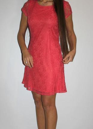 Гипюровое платье -цвет насыщенный