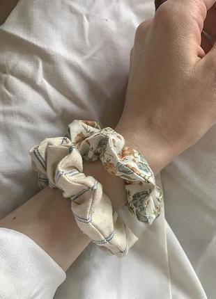 Резинка для волос декоративная