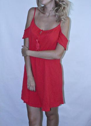 Яркое платье на лето с открытыми плечами от new look