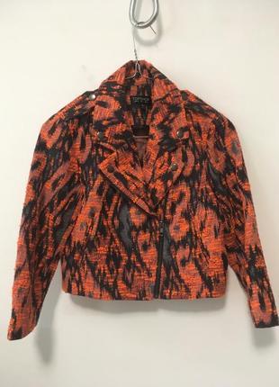 Яркий стильный укороченый  пиджак topshop