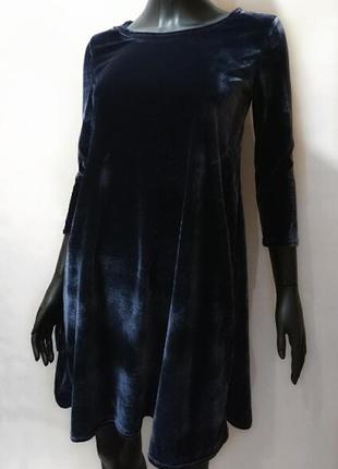 Бархатное платье цвета графит