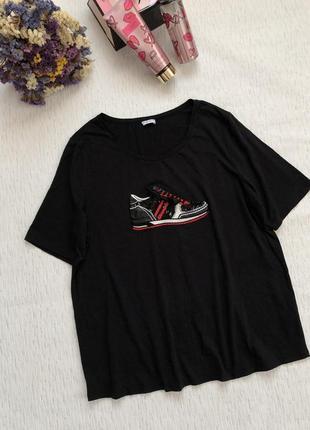 Стильная черная футболка большого размера l- xl