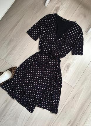 Классное платье на запах асимметричное
