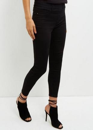 Классные стрейчевые черные джинсы джеггинсы new look emilee