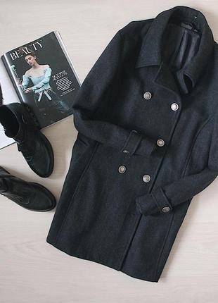 Двубортное пальто. 60% шерсти. большой размер л-хл