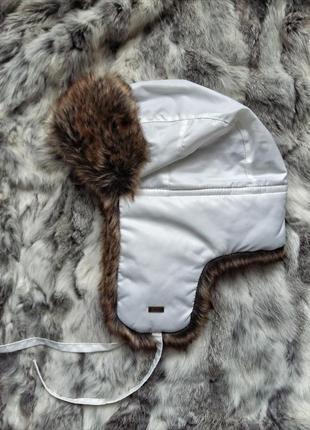 Шапка ушанка лыжная белая с исскуственным мехом