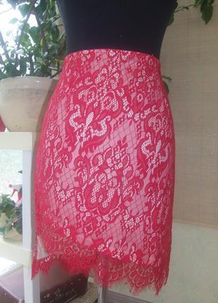 Актуальная ассиметричная кружевная юбка