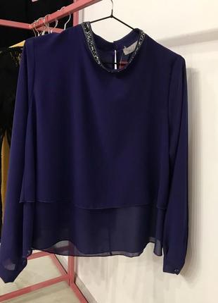 Елегантна шифонова блуза насиченого фіолетового кольору, італія