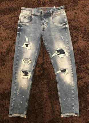 Крутые джинсы на болтах