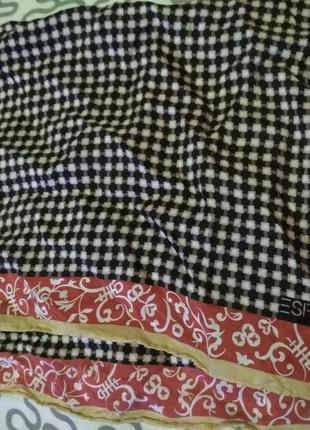 Маленький стильный шелковый платок от esprit