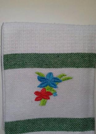 Вафельные кухонные полотенца 43 х 68 с вышивкой цветы