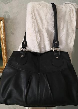 Удобная кожаная сумочка lady in paris