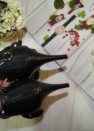 Autograph. роскошные кожаные босоножки на устойчивой шпильке2
