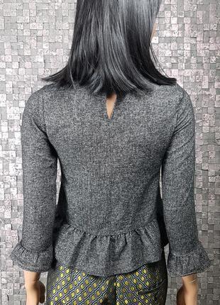 Красивая блузка с рюшем5