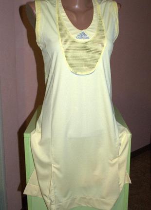 Удобное и красивое,дышащее спортивное платье адидас, 46 р.,оригинал