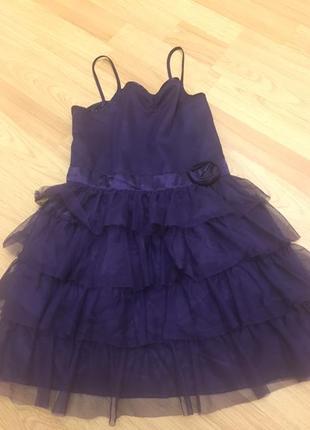 Нарядное  платье h&m на 7-лет