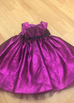 Горящее нарядное платье george на 2 года